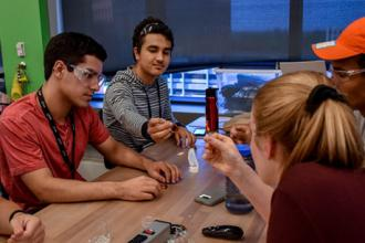 Energy orientation introduces freshmen to low-carbon technologies on campus and in the region