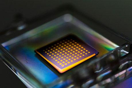 Efficient method for harvesting 2D materials could help researchers make an electronic device within an hour