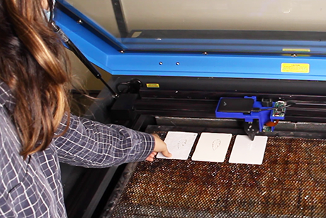 Smart laser cutter system detects different materials