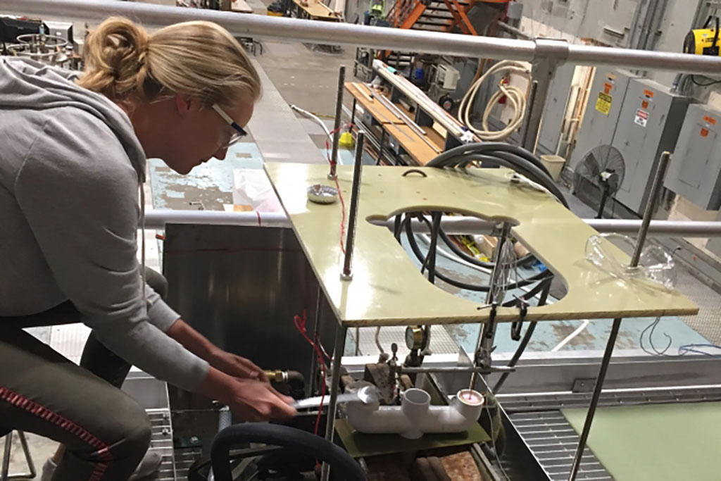 Caroline Sorensen working in the lab