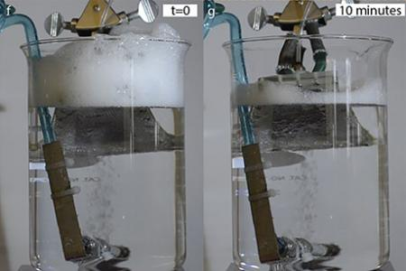 Bubble-capturing surface helps get rid of foam
