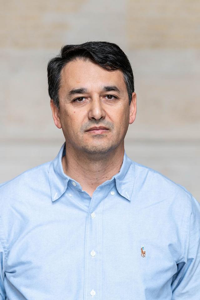 Nicolas Hadjiconstantinou